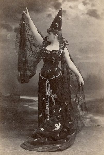 victorian-witch